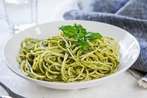 espaguetis al pesto Thermomix