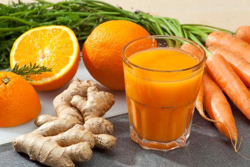 jugo de naranja, zanahoria y jengibre